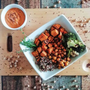 Chickpeas and vegetables in a bowl