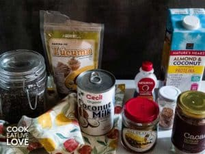 Shows ingredients used in lucuma chia pudding