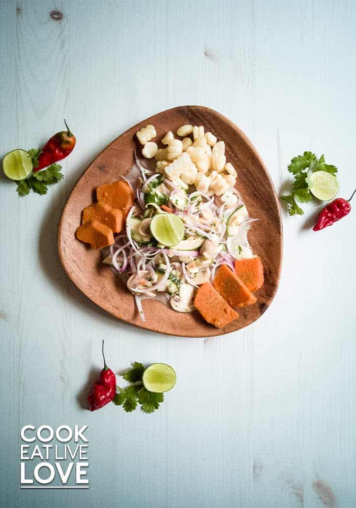 Photo of vegan ceviche made with zucchini, mushrooms and artichokes.