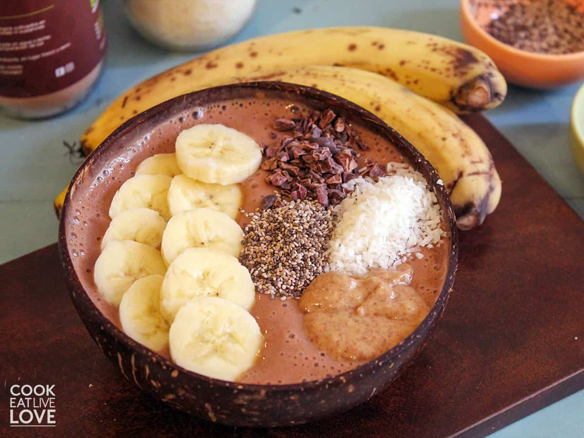 Smoothie bowl with banana on the table