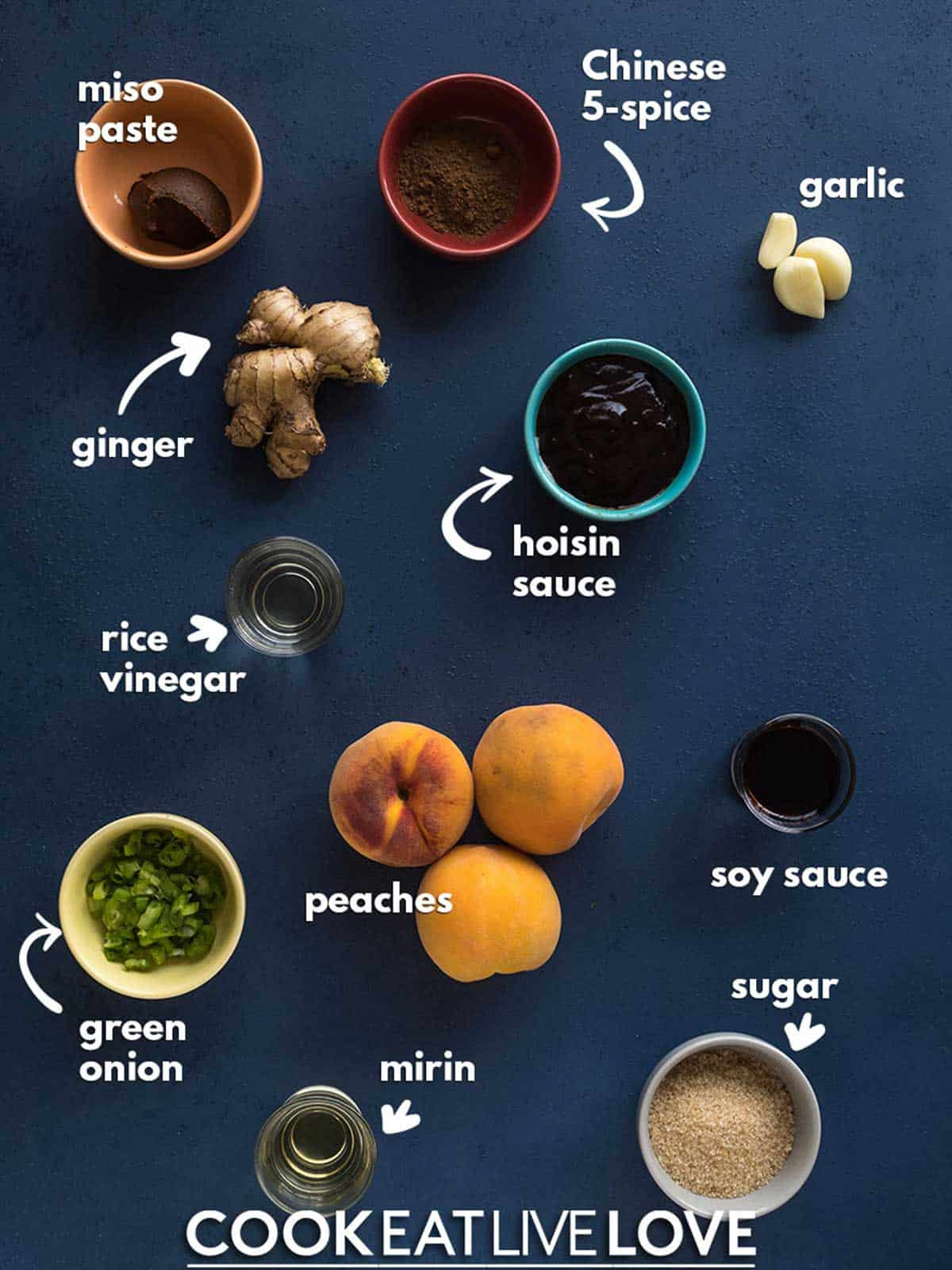 Ingredients needed to make peach bbq sauce.