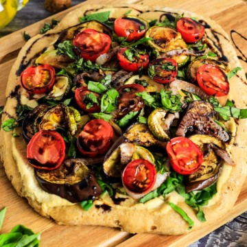 Overhead view of vegan pizza